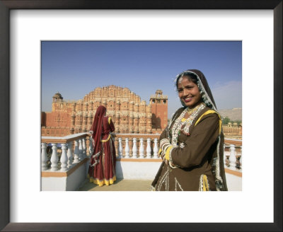 Women In Saris In Front Of The Facade Of The Palace Of The Winds (Hawa Mahal), Jaipur, India by Gavin Hellier Pricing Limited Edition Print image