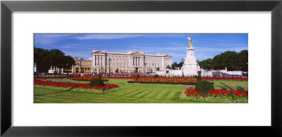 Buckingham Palace, London, England, United Kingdom by Panoramic Images Pricing Limited Edition Print image