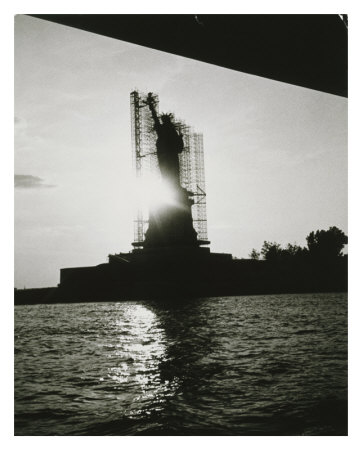 Statue Of Liberty, C.1984 by Andy Warhol Pricing Limited Edition Print image